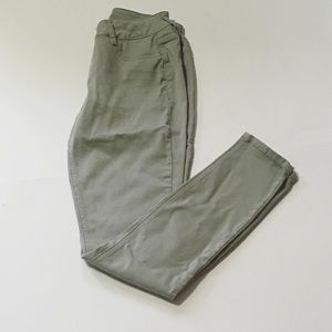 Maurice's Green XS Skinny Jeggings
